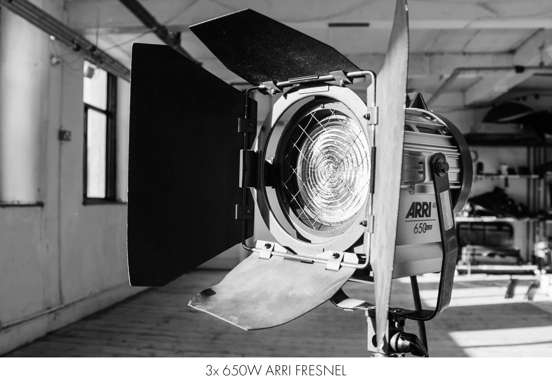 arri continuous light include in nq photography studio hire costs